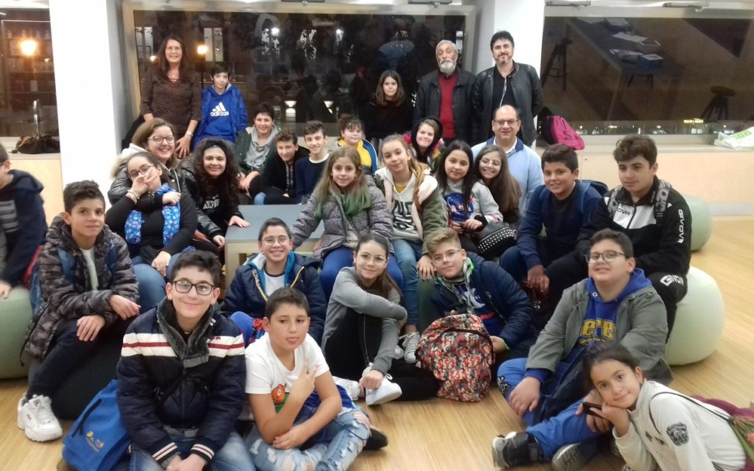 """Gli studenti dell'I.C.S. """"Ignazio Buttitta"""" a scuola di coding e informatica"""